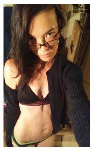 Sologirl NovaLee Fingering Her Shaved Pussy